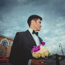 Wedding photographer Olgaevgeniy Chernyakovy (OlgaEvgeny). Photo of 24.06.2013