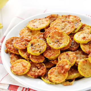 Baked Parmesan Yellow Squash Rounds Recipe