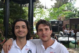 Photo: Juan Sebastián Estrada y Paulo López en la jugada