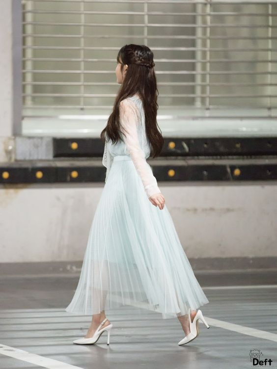 iu gown 38