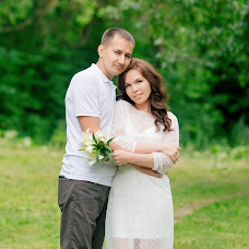 Wedding photographer Dina Romanovskaya (Dina). Photo of 13.07.2018