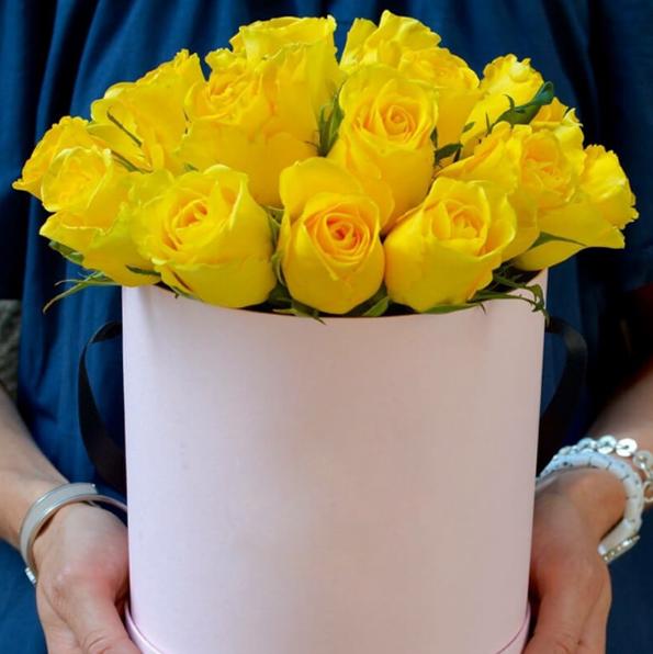 Hoa hồng vàng có ý nghĩa hàn gắn mâu thuẫn