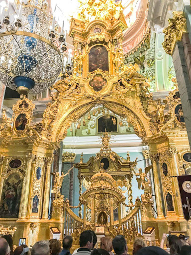 saints-peter-and-paul-cathedral-altar.jpg - The iconostasis and chandelier at Sts. Peter and Paul Cathedral in St. Petersburg, Russia.