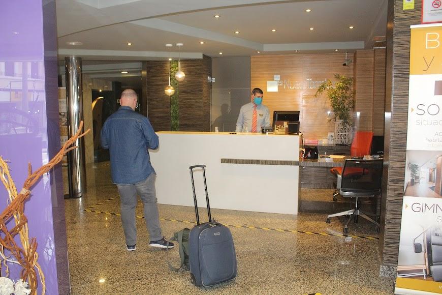 Un nuevo cliente en el Nuevo Hotel Torreluz.