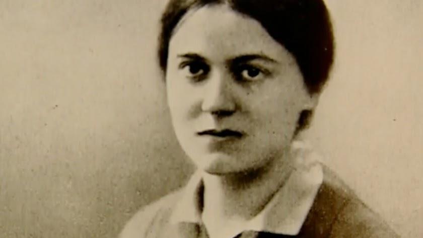 Stain cambió su nombre por Teresa Benedictina de la Cruz.