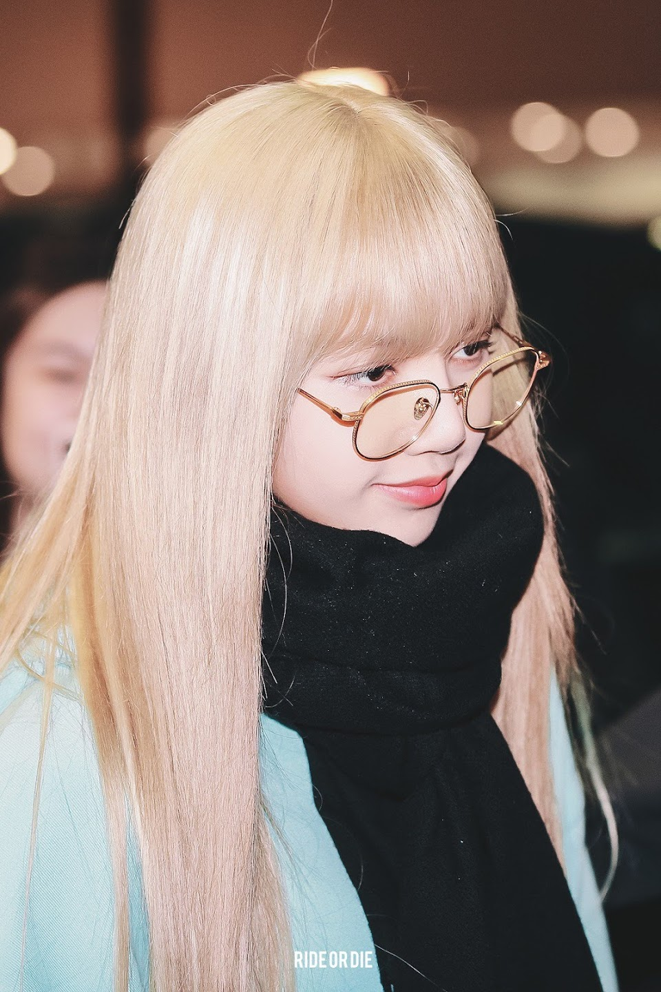 lisa glasses 31