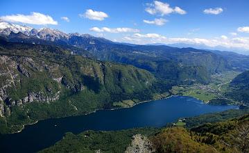 Photo: Bohinjské jezero http://www.turistika.cz/rady/bohinjske-jezero-julske-alpy-vogel-slovinsko