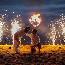 Wedding photographer Valeriya Purytina (Varelca). Photo of 12.07.2015