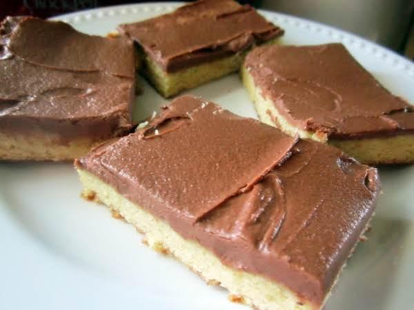 Sour Cream Chocolate Frosting Recipe
