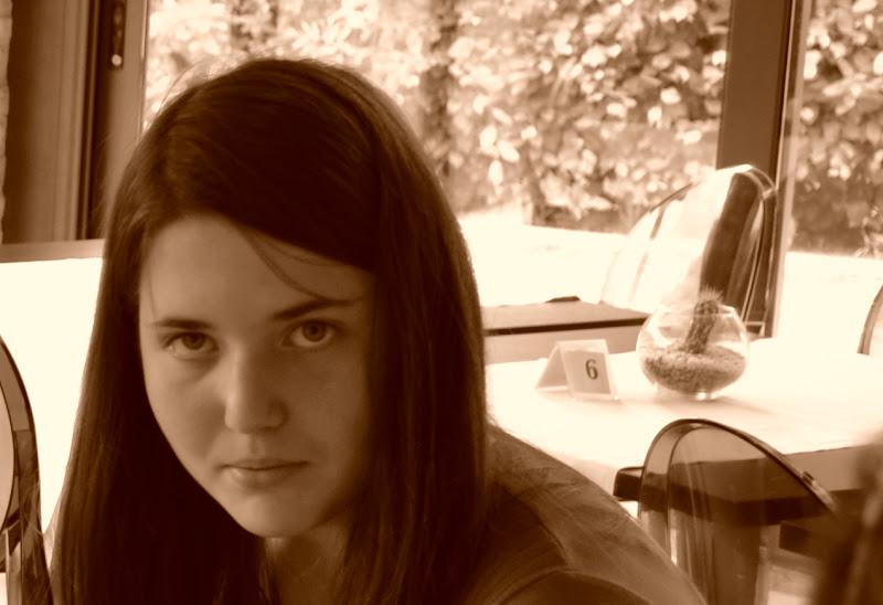 Giovane Donna di Ilmagaphotos