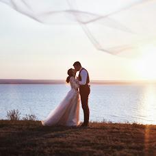 Wedding photographer Nadezhda Akhmetova (studioAhYa). Photo of 05.09.2018