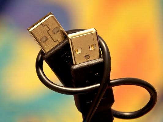 USB Love  di www.fioregiallophoto.it