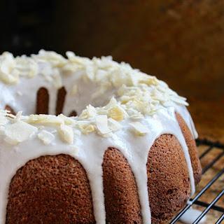 BANANA COCONUT BUNDT CAKE