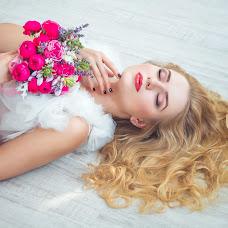 Wedding photographer Olesya Grosheva (FoxVenomal). Photo of 10.11.2015