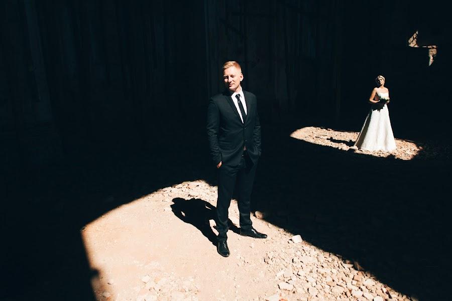 Wedding photographer Oleg Zaycev (olegzaicev). Photo of 09.10.2015
