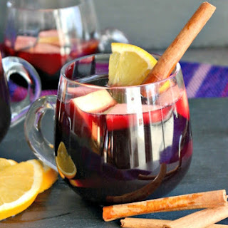 Slow Cooker Winter Sangria - An Easy recipe for Entertaining