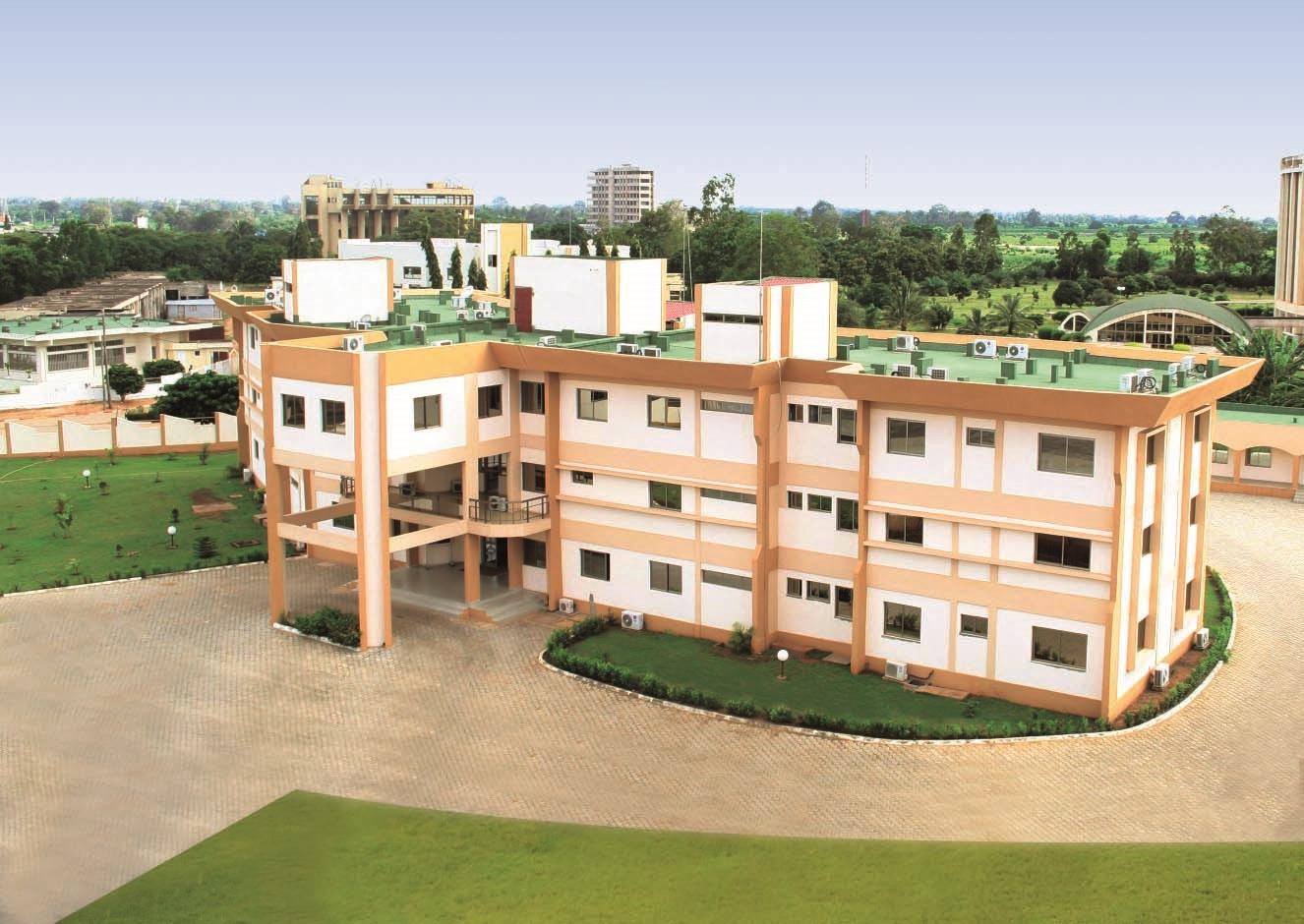 Bâtiment de la SAZOF au Togo