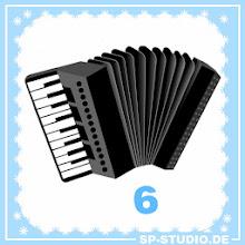 Photo: www.sp-studio.de Christmas Special, day 6: an accordion