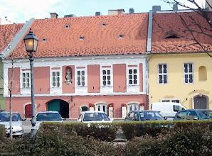 Photo: Corvin tér w Budzie (malowanka)