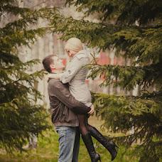 Wedding photographer Ekaterina Urumbaeva (junyanv). Photo of 04.06.2013