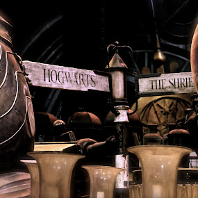 Hogwarts by Cristiana Chivarria - Products & Objects Signs ( hogwarts, making of harry potter )