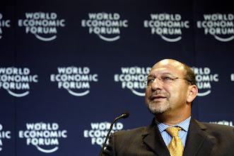 Photo: DAVOS,26JAN03 - Trevor Manuel, Minister of Finance of South Africa, captured during  the session  'Globalization: Globalization at a Crossroads' of the 'Annual Meeting 2003' of the World Economic Forum in the Congress Center in Davos, Switzerland, January 26, 2003. 
