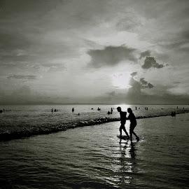 by Duryadhan Kaurab - Black & White Street & Candid