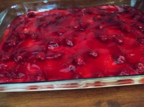 Spread cherry pie filling evenly on top of the cream cheese layer. ( Sometimes...