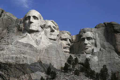 Gingrich responds to 'Blow up Mount Rushmore'