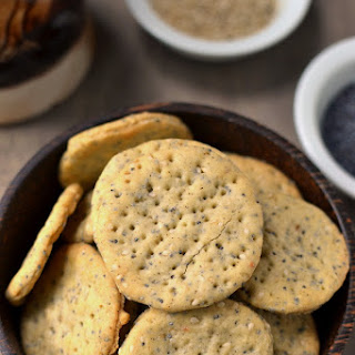 Poppy & Sesame Seeds Crackers Recipe