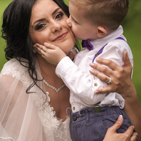 My bride by Vasiliu Leonard - Wedding Bride ( bride, fotograf nunta, groom, vasiliu leonard, fotograf nunta iasi, fotograf iasi, wedding )