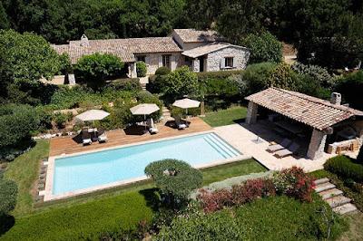 A Classical Provencal Villa in Grimaud