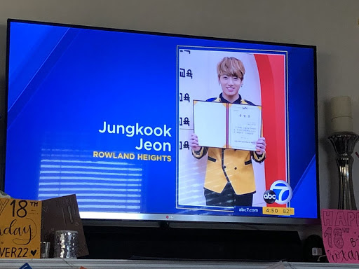 BTS fans Pranked American News Channel With Bts Jungkook's Graduation Photo