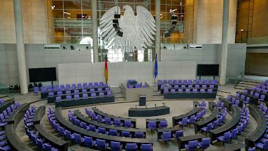 Photo: Bundestag im Reichstagsgebäude