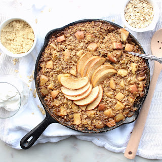 Apple Pie Baked Breakfast Oats