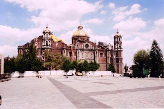 Photo: #011-La basilique Notre-Dame de la Guadalupe (17ème siècle)