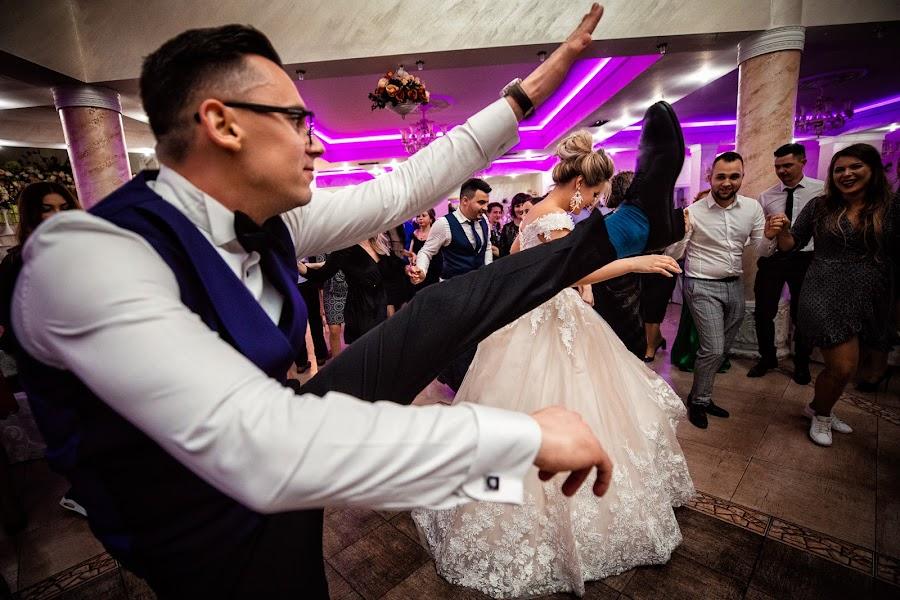 Wedding photographer Casian Podarelu (casian). Photo of 11.04.2019
