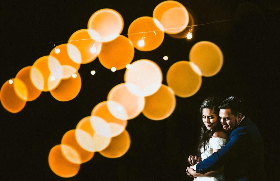 Wedding photographer Valery Garnica (focusmilebodas2). Photo of 04.01.2019