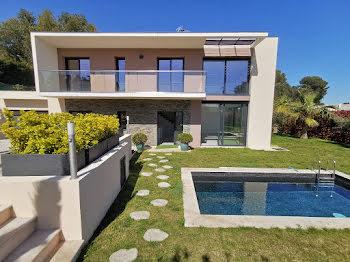 villa à Cap d'Antibes (06)
