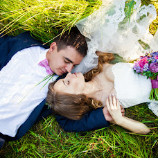 Wedding photographer Anastasiya Petrova (Petrova88). Photo of 15.04.2016