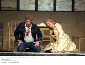 Photo: Historien om Brünnhildes familie fortsætter, og der er sket en del siden tæppefald i Valkyrien. Siegfried er blevet født og er vokset op til at være en stor, stærk og temmelig utilpasset dreng. Stig Fogh Andersen får omsider mulighed for at synge sit glansparti på sin faste scene, efter at have fejret triumfer med rollen i alverdens operahuse. Følg med, når Kasper Bech Holtens iscenesættelse af Nibelungens ring når til operahuset på Holmen – naturligvis fortsat med Michael Schønwandt i spidsen for Det Kongelige Kapel.Siegfried synges på tysk med danske overtekster.Forestillingen varer 5 timer og 15 minutter inkl. pauser.Læs operaens handling.Læs mere på www.thecopenhagenring.dkLæs artiklen Siegfried - den komplekse helt af Kasper Bech Holten.Dirigent: Michael SchønwandtIscenesættelse: Kasper Bech HoltenScenografi og kostumer: Marie í Dali og Steffen AarfingLysdesign: Jesper KongshaugDramaturgi: Henrik Engelbrecht