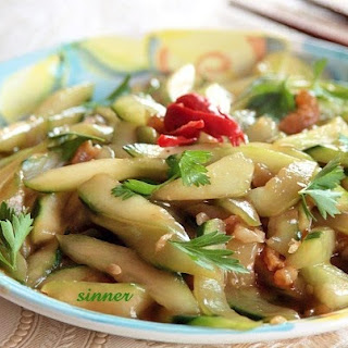 Stir-Fried Cucumber with Oyster sauce