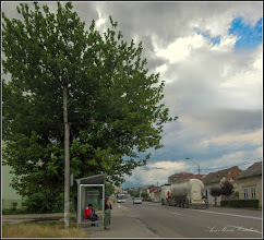 Photo: Turda, Str. Stefan cel Mare, statie de autobuz - 2018.06.18