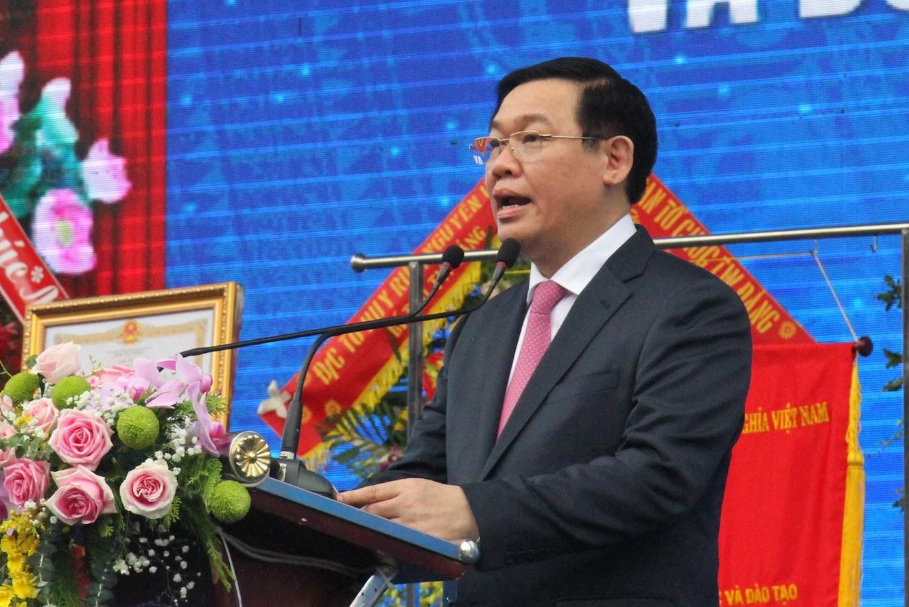 Đồng chí Vương Đình Huệ, Phó Thủ tướng Chính phủ phát biểu