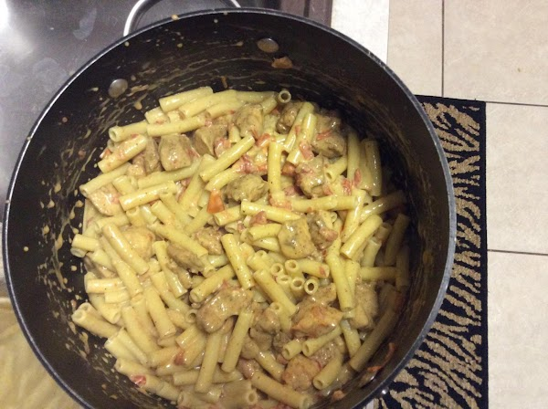 Cobine chicken, pasta & cheese sauce. Allow to sit covered for approx. 10 minues...