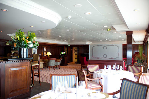 Adonia-Ocean-Grill.jpg - The Ocean Grill offers an intimate dining experience on Fathom's Adonia.