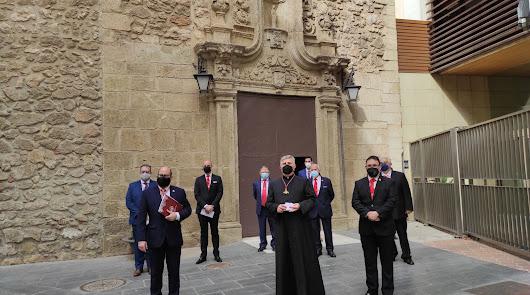 Visita a los tres conventos: el Domingo de Ramos de la Cena