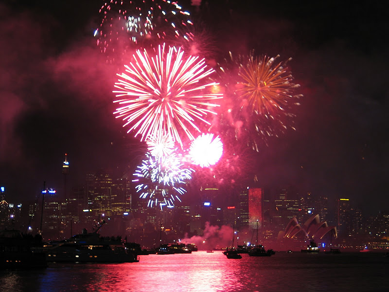 at 5am on the 31st of december california time we were celebrating the beginning of 2007 down under with the spectacular sydney harbour new years eve