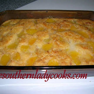 EASY FRUIT COBBLER.