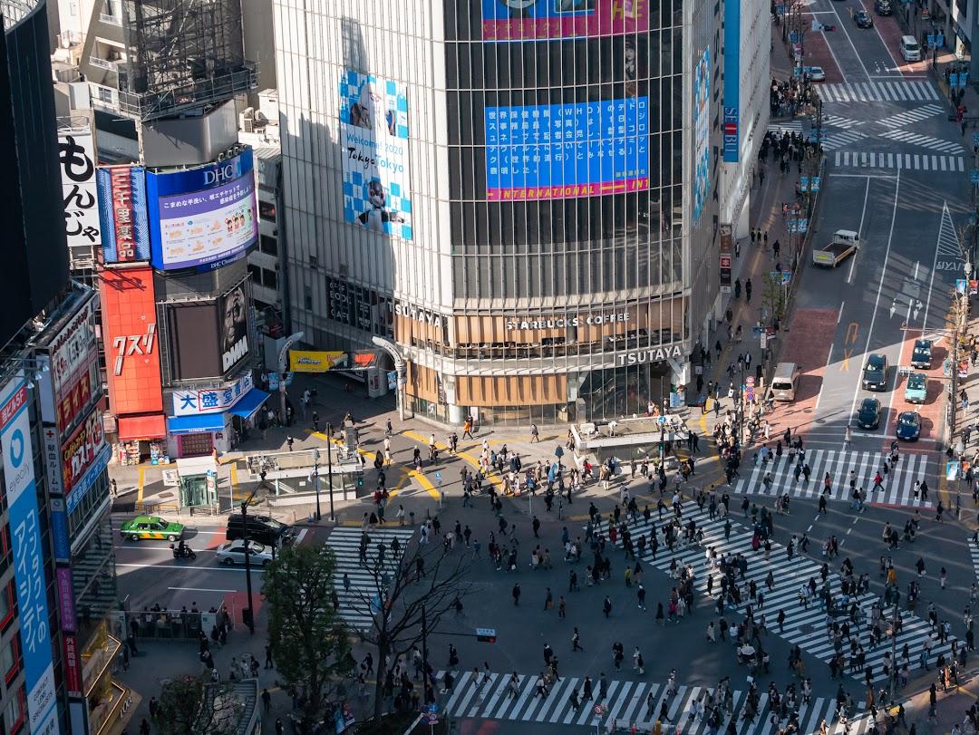 SHIBU NIWAから撮影したスクランブル交差点